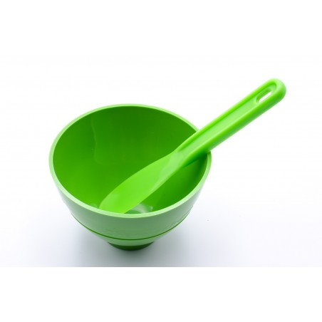 Mixing bowl with spatula